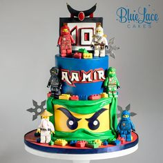 This Ninjago Lego cake would be any 10 year old lego lovers dream cake. Everything on this cake is handmade, from the ninja stars to all… Lego Ninjago Cake, Lego Cake, 10 Birthday Cake, Lego Birthday, Birthday Ideas, Ninja Cake, Avenger Cake, Dream Cake, Cake Tins