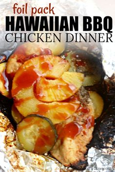 This Foil Packet Hawaiian BBQ Chicken Recipe is perfect for the grill, campfire, or in the oven. Try this foil packet dinner today! - Foil Packet Hawaiian BBQ Chicken Recipe - Eating on a Dime Tin Foil Dinners, Foil Packet Dinners, Foil Pack Meals, Foil Packets, Hobo Dinners, Grilled Fish Recipes, Healthy Grilling Recipes, Smoker Recipes, Healthy Foods