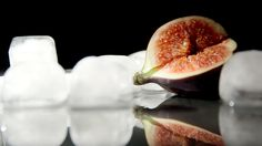 Still life composition, figs and melting ice