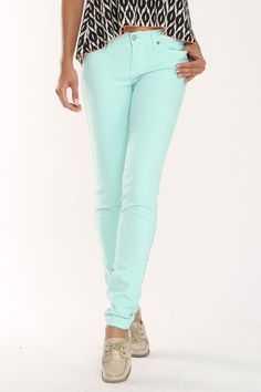 Love me some mint skinnies