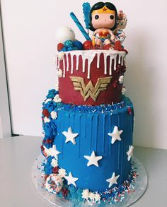 I had the chance to make this rad Wonder Woman cake for a mini Wonder Woman. ❤️ Funfetti, sprinkles, and marble layers. Baby Wonder Woman, Wonder Woman Cake, Wonder Woman Birthday, Wonder Woman Party, Baby Birthday Themes, Superhero Birthday Party, 5th Birthday, Birthday Parties, Birthday Cake