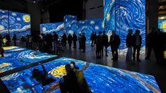 """Genova - Tuffarsi in un quadro impressionista, """"nuotando"""" fra i colori, in un mare di proiezioni e video, è possibile, basterà varcare una porta. La mostra multimediale """"Van Gogh Alive - The Experience"""" arriva per la prima volta a Genova, dal 14 aprile al 2 settembre, al Porto Antico, negli spazi del Modulo 1 dei Magazzini del Cotone che da qualche anno ospitano importanti eventi culturali. In questa curiosa e super tecnologica esposizione, i capolavori immortali di Van Gogh rivivono a 360°…"""