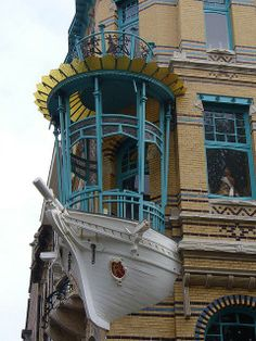 Art nouveau architecture in Antwerp, Belgium (by fabrye)