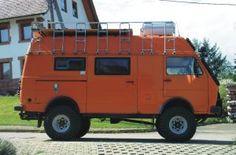 VW LT in the best color! Vw Lt Camper, Off Road Camper, Truck Camper, Vw Lt 4x4, Jeep 4x4, Small Motorhomes, Vw Syncro, 4x4 Van, Adventure Campers