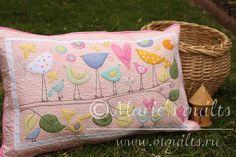 """Marie's quilts: Наволочка """"Птички""""/ Pillow """"Birds"""" - взято из блога http://mquilts.blogspot.ru/2015/09/pillow-birds.html#comment-form"""