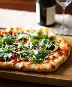 Prosciutto and Arugula Pizza - AMAZINGLY easy weeknight dinner, we make it all the time now!