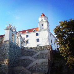 Bratislava Castle I Love My Friends, My Point Of View, Bratislava, Girl Day, Castle, Sky, Mansions, History, Architecture