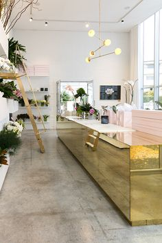 The purdiest interior design for a modern NZ florist... Photography by Michelle Weir / Studio Weir