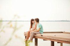 Engagement photo ideas. Photos on the dock