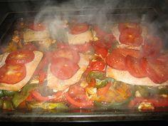 Ofenlachs mit Paprika-Tomaten Gemüse