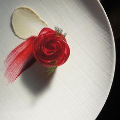 Merry Christmas everyone. Michelin Star Food, Plate Presentation, Western Food, Merry Christmas Everyone, Food Decoration, Japanese Sweets, Photo Instagram, Culinary Arts, Plated Desserts
