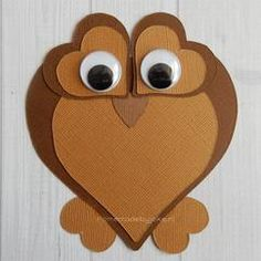 Hoe je deze leuke uil van hartjes en ook nog andere dieren zelf kunt knutselen staat op mijn blog Homemade by Joke.