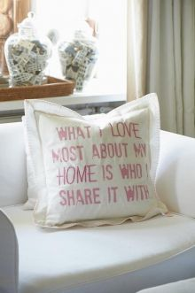 What I love..pillow cover white/pink € 34,95