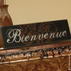 "CLING | Bienvenue ""Welcome"" Customizable Wood Sign 