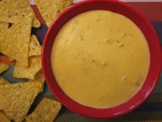 Velveeta-free queso dip.....yeah! Turmeric included in this recipe (for those who just can't get by without that funky yellow color)