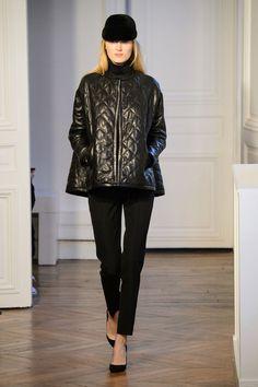 Martin Grant at Paris Fashion Week Fall 2015 - Runway Photos