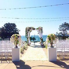 A #laubergedelmar wedding to remember. ✨ #weddingwednesday #laubergedelmarweddings #laubergedelmarwedding #delmar #sandiego #sandiegoweddings #beachwedding #weddingday #weddingphotography #weddinginspiration #weddinginspo #theknot