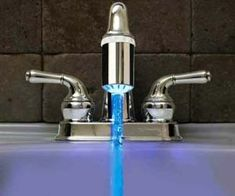 With the modern and sleek LED temperature faucet nozzle, you'll never again have to suffer with water too hot or too cold. It not only changes the color of your water, but it uses the water flow to power itself and indicate at what temperature the water is currently at. Instead of relying on touch…