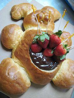 An Adorable Easter Bunny Bread Centerpiece