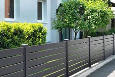 Alu Zaun Modell Querprofil - Alu Zaun Modell Querprofil Estás en el lugar correcto para diy home decor Aquí presentamos diy hom - Diy Backyard Fence, Diy Fence, Backyard Landscaping, Modern Fence Design, House Gate Design, Aluminum Fence, Front Yard Fence, Backyard Paradise, Indoor Garden