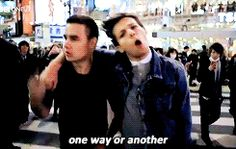 Louis and Liam in the One Way Or Another music video (gif)
