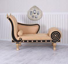 Regency-tipo-Recamier-Antik-chaise-longue-Alcantara-otomano-SOFA-SOFA-caoba Sofa Set Designs, Sofa Design, House Furniture Design, Home Room Design, Home Decor Furniture, Chesterfield Sofa, Zweisitzer Sofa, Lounge Sofa, Sofa Layout