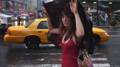 5 Typical Umbrellas You'll See in NYC #nyc #newyork #bigappled