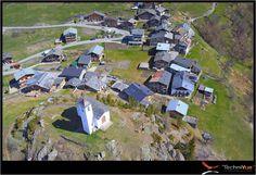 Photo aerienne  drone village Montvalezan - TechniVue