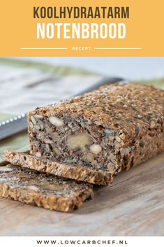 Koolhydraatarm notenbrood This Danish nut bread is healthy, filling and super easy to make! Almond Joy, Low Carb Recipes, Cooking Recipes, Atkins, Gluten Free Donuts, Cooking Bread, Food Inspiration, Love Food, Dessert Recipes