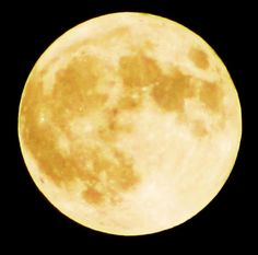 Super Moon. Taken on 5-5-12 from the shores of Lake Erie...Mentor, Ohio by: Andrea Williams