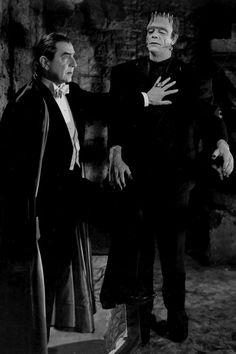Dracula(Bela Lugosi) & Frankenstein(Glen Strange)in Abbott and Costello meet Classic Monster Movies, Classic Horror Movies, Classic Monsters, Classic Films, Horror Movie Posters, Horror Icons, Retro Horror, Vintage Horror, Scary Movies