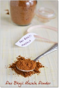 Homemade Pav Bhaji Masala Powder #indian Masala Powder Recipe, Masala Recipe, Homemade Spices, Homemade Seasonings, Pav Bhaji Masala, Masala Spice, Tandoori Masala, Diy Food Gifts, Spice Mixes