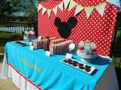 Hostess with the Mostess® - Mickey Mouse Clubhouse