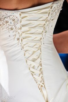 Flirty & romantic & oh so feminine Corset & Ribbon styling ...