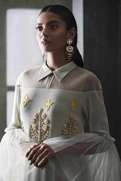 Ideas wedding indian outfit style for 2019 Fashion Details, Look Fashion, High Fashion, Womens Fashion, Fashion Design, Indian Fashion Modern, Trendy Fashion, Indian Fashion Trends, Fashion Rings