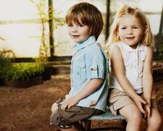 The BEST discount site for moms, kids & maternity wear at 40-75% off retail......quality goods!!