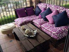conjunto de muebles de palet en terraza