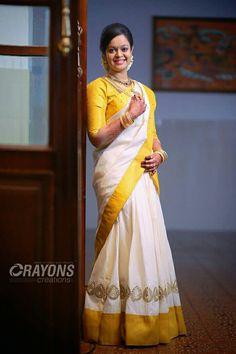 Kerala Saree, Indian Sarees, Silk Sarees, Kerala Engagement Dress, Engagement Dresses, Lehenga Skirt, Saree Dress, Tamil Wedding, Saree Wedding