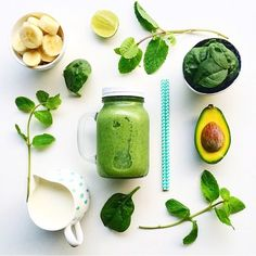 GREEN GOODNESS!! Simple juices are often the most delicious ones. Try mixing banana, avocado with spinach, a little mint and a dash of lime. It's super refreshing!  #welovegreen #fitspo #workout #fitfam #healthylife #eatcleantrainmean #getfit #instahealth #fitfam #healthylife #greenjuice #fitness #paleo #eatclean #leanbody #foodie #superfoods #glutenfree #vegan #greengoodness #yum