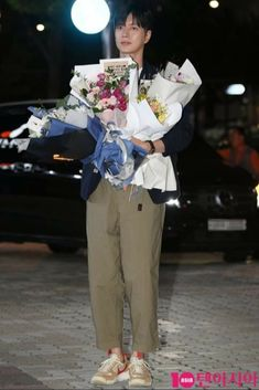 Love Park, Talent Agency, Niece And Nephew, Chic, Fashion, Shabby Chic, Moda, Elegant, Fashion Styles