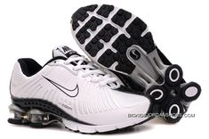Discover the Kid's Nike Shox Shoes White/Black Top Deals collection at Jordanremise. Shop Kid's Nike Shox Shoes White/Black Top Deals black, grey, blue and more. Get the tones, get the features, get the look! Nike Shox Nz, Mens Nike Shox, Nike Shoes Cheap, Nike Shoes Outlet, Cheap Nike, Michael Jordan Shoes, Air Jordan Shoes, Nike Air Max, Nike Free