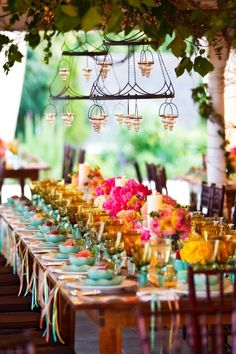 This it the color combination I would like for my wedding. New Wedding Color Combinations for Perfect for a fun, summer wedding Wedding Color Combinations, Wedding Color Schemes, Color Combos, Wedding Themes, Our Wedding, Dream Wedding, Wedding Decorations, Wedding Table, Casual Wedding