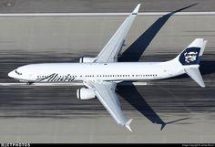 N423AS. Boeing 737-990ER. Alaska Airlines