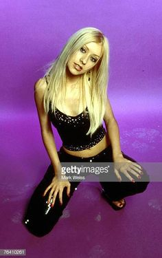 Christina Aguilera, Self Assignment, September. - Christina Aguilera, Self Assignment, September 2000 - Christina Aguilera 2000, Christina Aguilera Stripped, Divas, Early 2000s Fashion, 90s Fashion, Fashion Women, Female Singers, Britney Spears, Beyonce