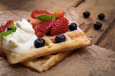 Fujifilm X-T10 ja toidufoto Fujifilm, French Toast, Breakfast, Food, Morning Coffee, Meals, Yemek, Eten