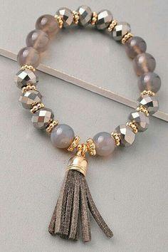 Beaded Jewelry, Jewelry Bracelets, Jewelery, Diy Bracelets With Charms, Dainty Bracelets, Swarovski Jewelry, Colorful Bracelets, Pandora Bracelets, Silver Bracelets