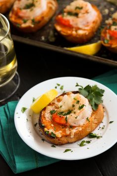 Sriracha Garlic Toasts with Shrimp from @Brenda Franklin Score   a farmgirls dabbles . Repin this recipe between now and May 31, 2014; each pin translates to a $1 donation to Feeding America.
