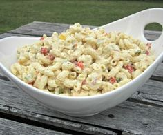 The Ultimate Macaroni Salad- BBQ food! **reminds me of Cafe Village macaroni salad, loved it! Great Recipes, Favorite Recipes, Interesting Recipes, Yummy Recipes, Healthy Recipes, Summer Salads, Pasta Dishes, Food Dishes, Love Food