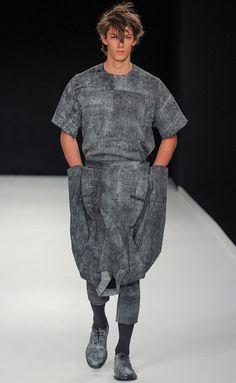 Modeconnect.com - Designer Profile featuring Alan Taylor's Menswear designs, written by Darren Millard.