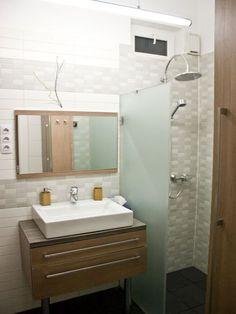 modern bathroom, amazing bathroom, luxury home